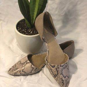 Old Navy faux snakeskin flats
